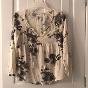Old Navy floral rayon blouse Med